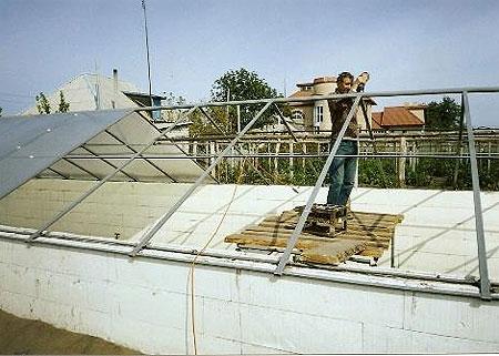 Делаем крышу из поликарбоната