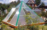 Теплица пирамида - строим своими руками